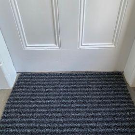 Outdoor Synthetic Scraper Door mat Black/Grey